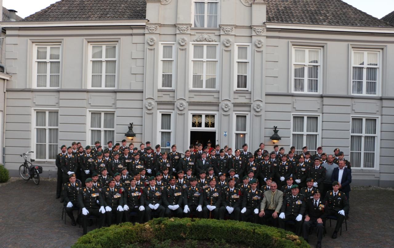 Alle aanwezige onderofficieren bij het Hof van Solms